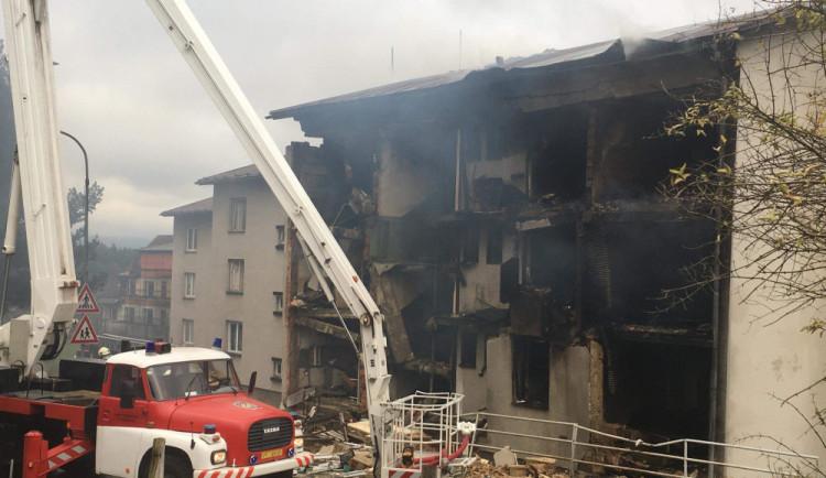 Podklady pro demolici domu v Lenoře odevzdá statik zítra