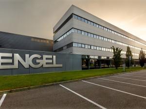 Po období strmého nárůstu výroby se v kaplickém závodu společnosti ENGEL chystají na lepší nastavení výrobních postupů