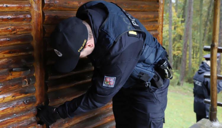 Chladné měsíce jsou lákadlem pro zloděje, policisté se zaměřili na zabezpečení chat