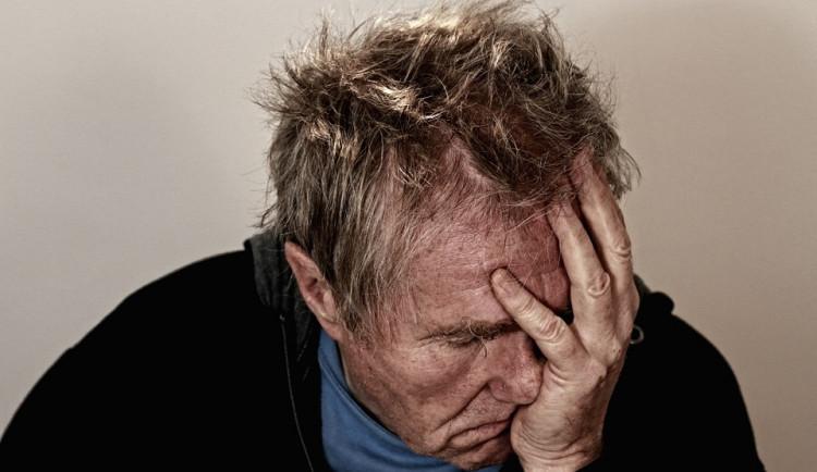 Migréna v Česku sužuje až milion lidí, někteří diagnózu tají