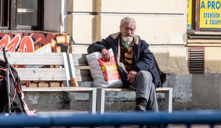 U bezdomovců je běžná hladina alkoholu přes tři promile, říká mluvčí strážníků David Štýfal