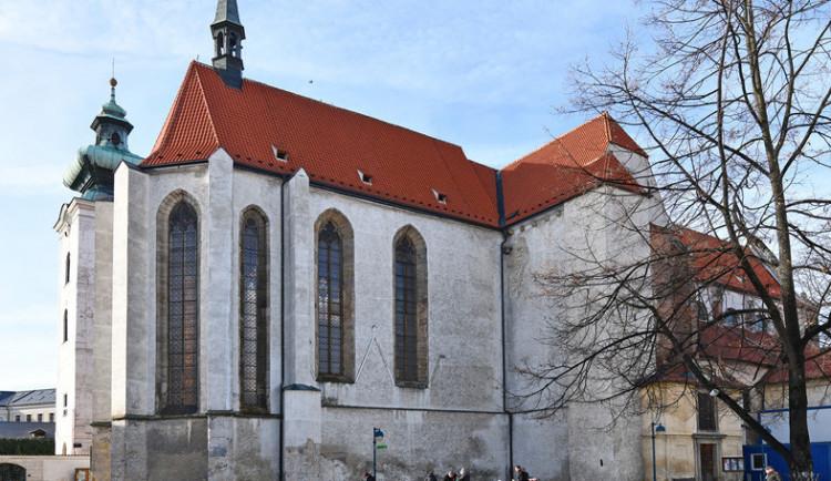 Z kláštera v Budějcích někdo ukradl velký model pro nevidomé
