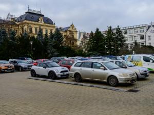 Proměna Senovážného náměstí by mohla nabídnout podzemní parkoviště, ale i prostor pro galerii