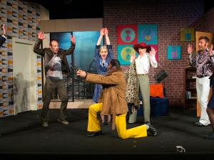 SOUTĚŽ: Metropol uvede divadelní představení Nalevo od výtahu