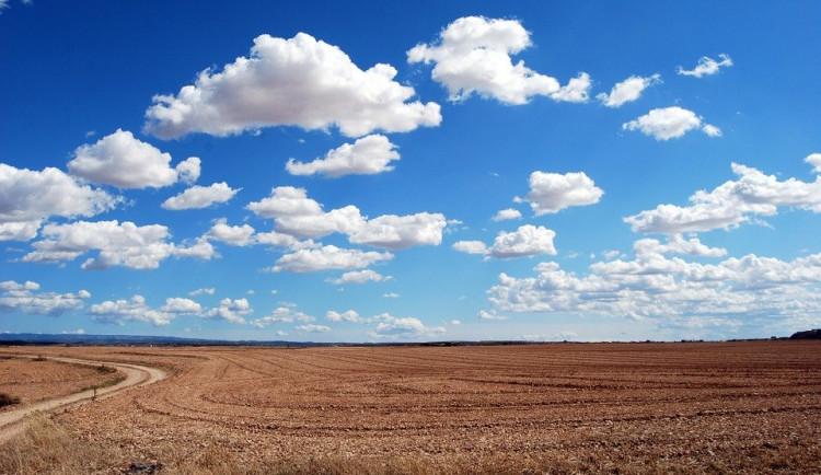 I přes vlhký listopad zůstává hlavně jih Čech postižený suchem