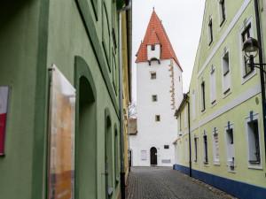 Rabenštejnská věž bude opevněna kreativitou. Pronájem získal spolek Umění ve městě