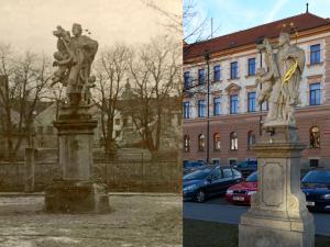 České Budějovice objektivem Milana Bindera a perem Martina Maršíka: Otočená socha
