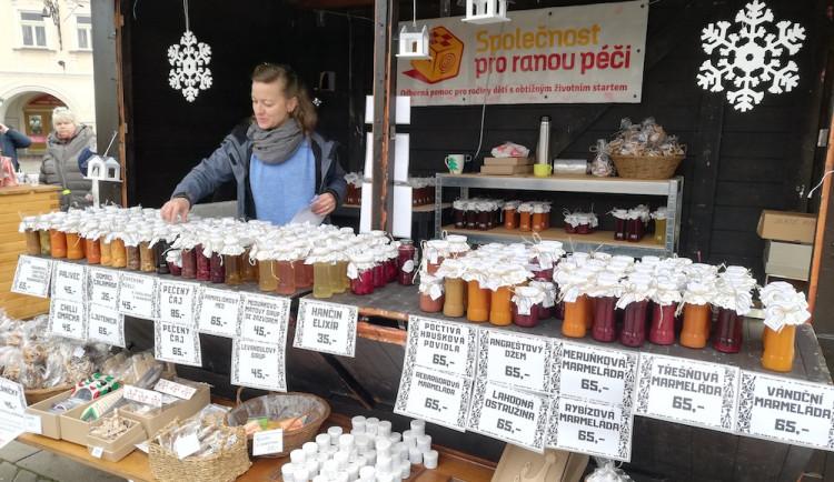Proč Společnost pro ranou péči vaří marmelády