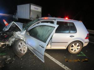 Opilý řidič osobáku naboural čtyři auta, škoda je tři sta tisíc