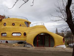 BUDLive: Kdo postavil svérázný žlutý dům u Maláku, příběhy českobudějovických dobrovolníků, historie prvorepublikových vil