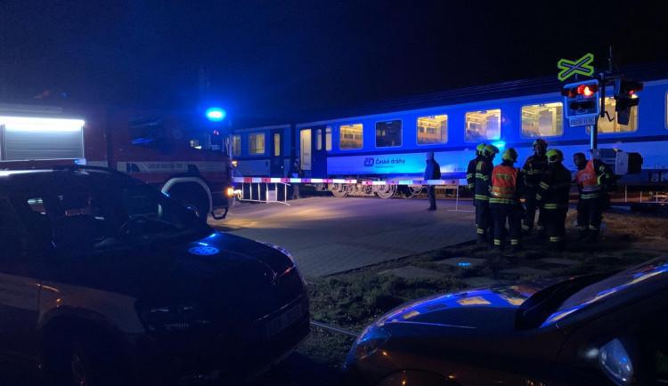 Vlak v Budějcích zabil člověka, cestující musejí počítat s omezením