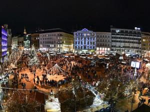 Oblíbené brněnské vánoční trhy na přání Brňanů i turistů prodlužují svou otvírací dobu až do ledna