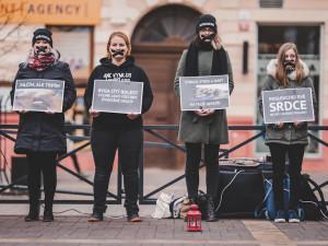 Tichá ulička pro kapry stála i na Lannovce. Aktivisté bojují za Vánoce bez násilí