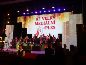 SOUTĚŽ: Plesovou sezonu odstartuje v Metropolu Velký mediální ples