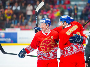 Akce pro Arpidu při hokejovém zápase Motoru vynesla téměř 350 tisíc korun