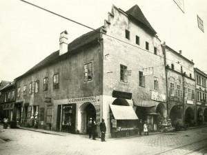 DRBNA HISTORIČKA: Ettmayerův dům