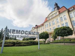 Českobudějovická nemocnice vyhlásila omezení návštěv, chystá se i na koronavirus