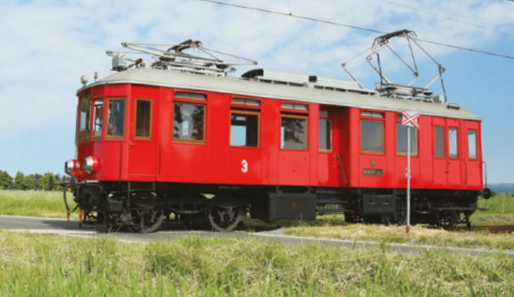 Kraj chce změnit trakci na trati Bechyňka za stovky milionů