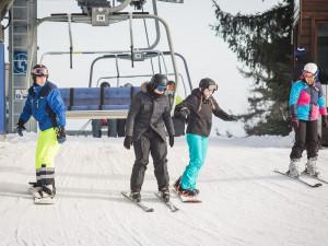 Lyžařské areály hlásí nový sníh, běžkaři si zatím musejí počkat