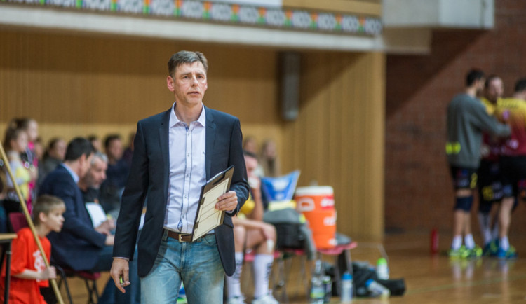 Není důvod stresovat se Ligou mistrů, říká trenér Jihostroje Dvořák