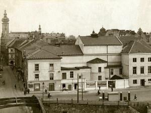 """Budějce pod dohledem milicí. Jak vypadal """"Vítězný"""" únor 1948 v jihočeské metropoli"""