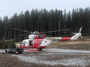 Pro ženu na Kramolín letěl vrtulník, zranila se při nástupu na lanovku