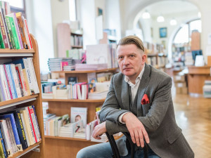 Na zakazování komunistické strany je pozdě, pachatele zločinů však musíme tvrdě označovat, říká Jiří Padevět