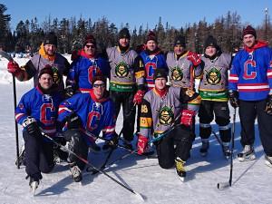 Strakoničtí vojáci obsadili v Kanadě na Mistrovství světa v rybníkovém hokeji skvělé šesté místo