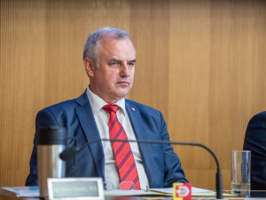 Do krajských voleb povede ANO František Konečný