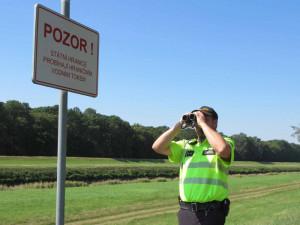 Stát uzavře hranice. Cizinci se do Česka nedostanou, Češi nebudou moci vycestovat