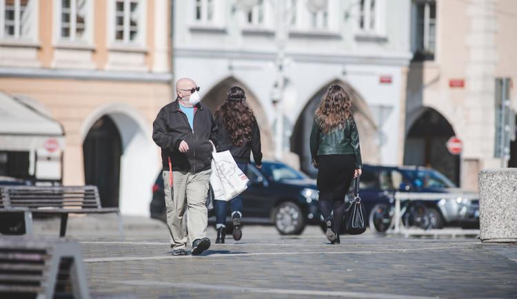 Testy na jihu Čech potvrdily další případ koronaviru. Vyléčeno je v republice šest lidí