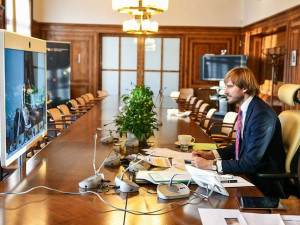 Ministr Vojtěch podporuje prodloužení nouzového stavu o 30 dnů