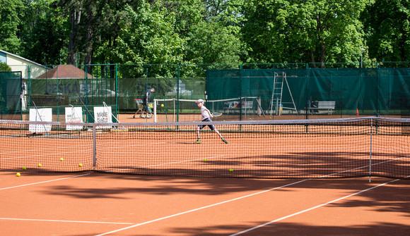 Nová tenisová víceúčelová hala rozšíří nabídku sportu i cestovního ruchu v Hluboké nad Vltavou