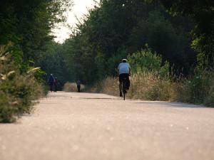 Vltavská cyklostezka vyjde na 1,2 miliardy korun. Většinu nákladů zaplatí stát
