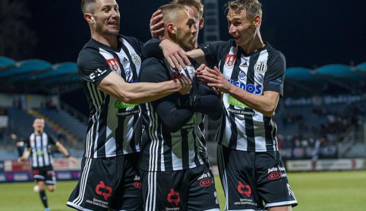 Fotbalová liga se dohraje. Dynamo začne doma s Libercem