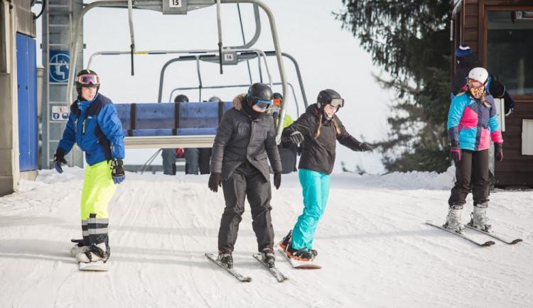 Skiareál na Lipně plánuje rozsáhlou modernizaci, proti jsou někteří lidé i krajský úřad