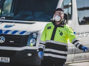 Policie na hranicích zadržela kamiony s ilegálním odpadem