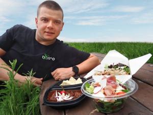 Chceme, aby si lidé i na zdravém jídle pochutnali, říkají majitelé nového budějckého FITbistra