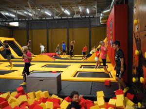 Jump&Kids Aréna v Sezimově Ústí otevřela znovu svoje brány a s ještě lepšími atrakcemi