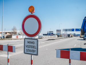 DOPRAVNÍ INFO: Výstavba kruhové křižovatky ve Slavonicích se neobejde bez dopravního omezení