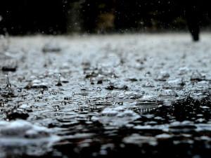 Černá na Kaplicku dosáhla druhého povodňového stupně, stoupají i další vodní toky