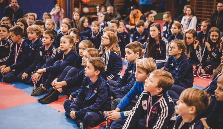 TJ Karate České Budějovice: Registrace do tréninkových skupin pro novou sezonu spuštěny! Karate je krásný sport, nebojte se ho zkusit