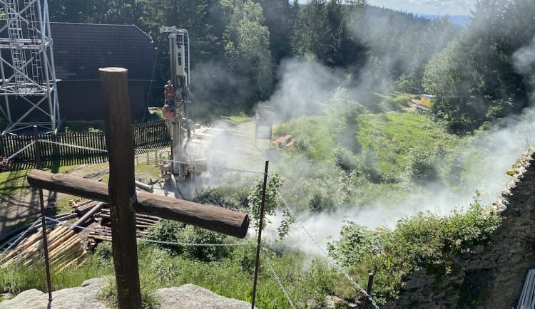 Vítkův Hrádek má konečně vodu, v plánu jsou záchody i čistička odpadních vod