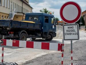 Nerudovku čeká dokončení rekonstrukce, uzavřena zůstane tři měsíce