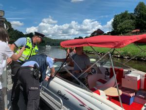 Policisté vyrazili na vodu, zaměřili se na kontroly kapitánů a dodržování pravidel
