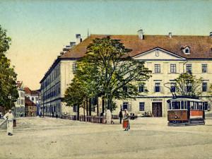 DRBNA HISTORIČKA: Rozcestník na Mariánském náměstí