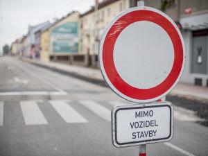 DOPRAVNÍ INFO: Řidiči v Týně nad Vltavou musí počítat s omezeními v rámci výstavby okružní křižovatky