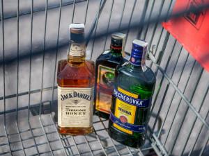 Kontroly na jihu Čech prokázaly prodej alkoholu mladistvým