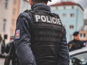 Pouť v Sezimově Ústí narušil konflikt stánkařů. Situaci musela uklidňovat policie