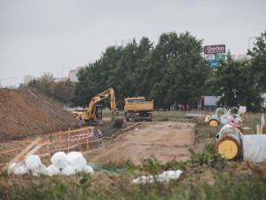 Stavba horkovodu z Temelína nabírá zpoždění. Po jeho dokončení se ušetří 80 tisíc tun hnědého uhlí ročně